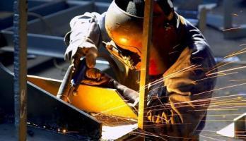 Изготовление металлоконструкций на заводе
